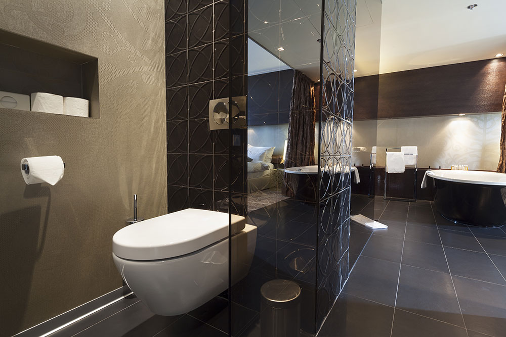 Bathroom renovations cairns toilet installations and repairs for Plumbers bathroom renovations